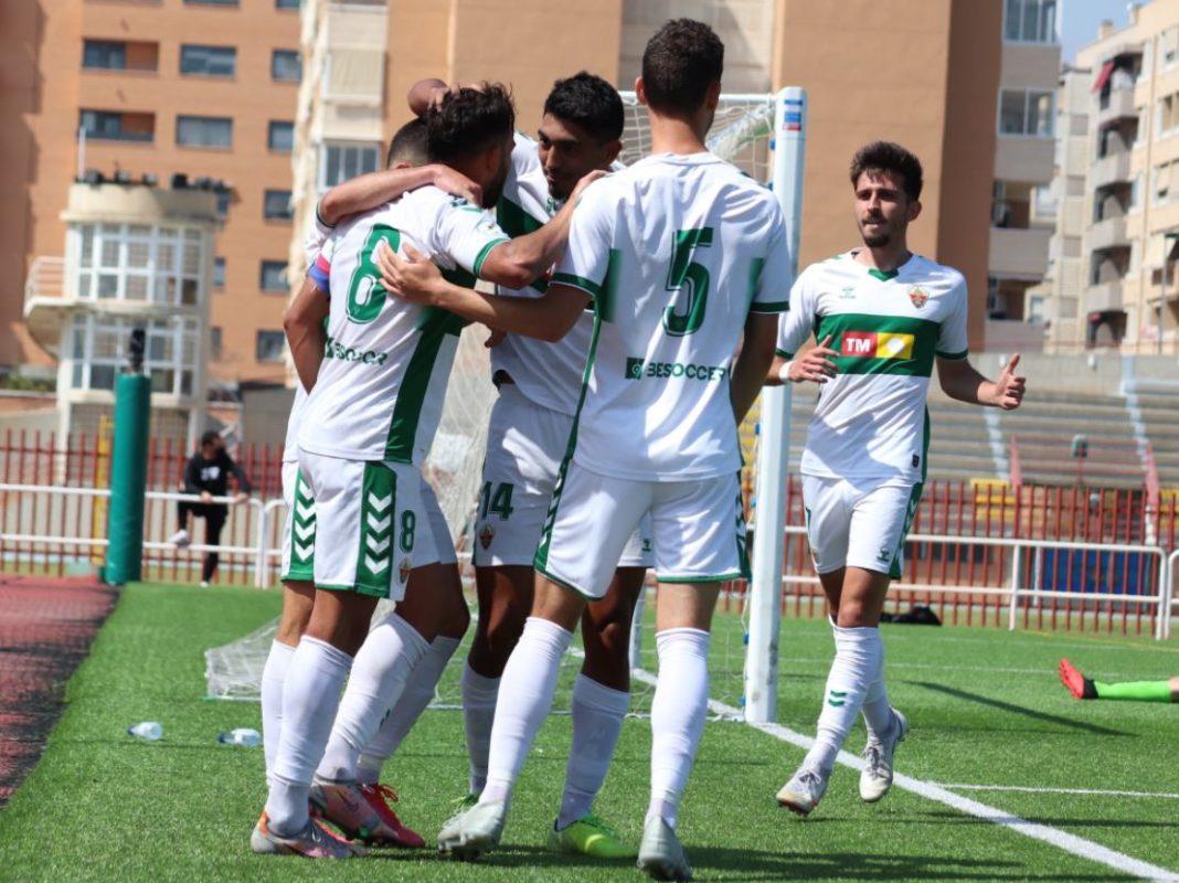 El Ilicitano celebra un gol